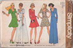 MOMSPatterns Vintage Sewing Patterns - Simplicity 6662 Vintage 70's Sewing Pattern DARLING Disco Era Square Neck Puff Sleeve Top, Blouse, Fl...