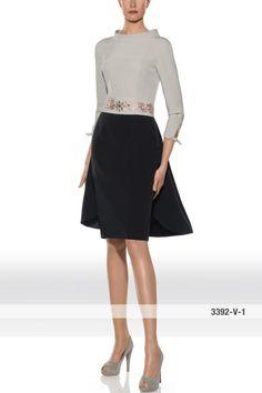 Vestido de madrina alta costura con mangas modelo 3392 de Teresa Ripoll by Teresa Ripoll | Boutique Clara