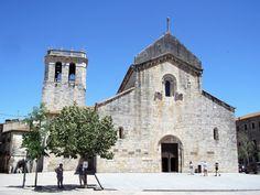 Besalu-monasterio-medieval-san-pedro-don-viajon-la-garrocha-espana