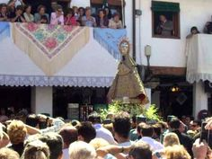 Salida de la Virgen de Guadalupe a la Plaza 8 de septiembre de 2010.AVI - YouTube