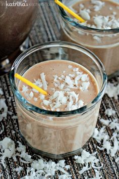 Rise and Shine Skinny Coffee Smoothie INGREDIENTS: 2 bananas 1/2 Cup coffee, cold or room temperature 1/4 Cup coconut milk 2-3 Tablespoons coconut flakes (optional/if you like it sweeter) handful of ice