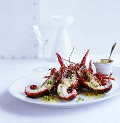 Black marron with green peppercorn and martini sauce |
