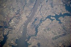Greetings to Manhattan.  via @Astro_Wakata