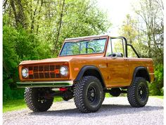 Ford : Bronco. Going to have this one day.