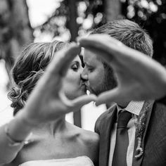 Oregon Ducks Love.  This is a wedding photo must.