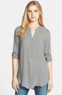 The New Mom's Must-Have Wardrobe List: 15 Pieces That All Work Together, nr 11, Tunics For Post-Pregnancy Belly Coverage A long shirt or tunic will be your go-to. It is comfortable, stylish, and forgiving. Not all of us bounce back so quickly and those who do, well they don't mind the comfortable feeling of a loose fit tunic anyway.
