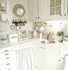 Shabby and Charme - a real kitchen of a young Norwegian mother