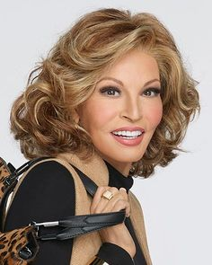 Raquel Welch Wigs Play it Straight