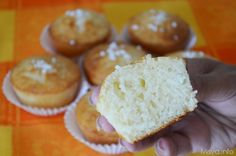 Muffin all yogurt Sweet Recipes, New Recipes, My Favorite Food, Favorite Recipes, Learn To Cook, Biscotti, Breakfast Recipes, Muffins, Cupcakes