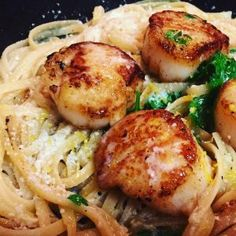 Pan Seared Sea Scallops with Linguine - Carolina Meat & Fish Co. Linguine Recipes, Pasta Recipes, Cooking Recipes, Healthy Recipes, Healthy Food, Yummy Food, Pan Seared Scallops, Sea Scallops, Seafood Pasta