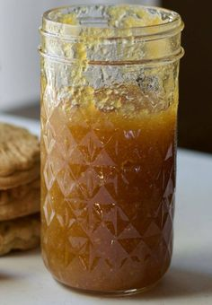 A quick and easy recipe for pineapple jam! Learn how to make your own batch for pineapple surprise cookies from the Bay Islands. Jelly Recipes, Jam Recipes, Fruit Recipes, Sweet Recipes, Canning Recipes, Johnny Cakes Recipe, Mango Jelly, Guava Jam, Pineapple Jam