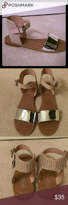ONE LEFT3X-HOST PICKflash saleNEW Topshop Brand new never worn leather sandals.Tan and silver, with silver studs. European 39 will fit an 8. Topshop Shoes Sandals