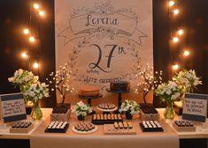 #derepente30 😍 quem adoraria uma festa assim?? . Marque uma amiga para se inspirar!! . Créditos: Foto 1: @victorfestass Foto 2: @partyaren… Adult Birthday Cakes, 20th Birthday, Birthday Parties, Happy Birthday, Paper Centerpieces, Paper Tablecloth, Event Decor, Party Time, Host A Party