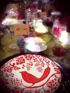 Christmas dinner party at Rumah Maroko. All with Christmas plates and accessories.