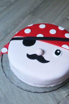 gateau-damier-pirate6 Dani, Halloween Desserts, Cooking, Justine, Dessert Ideas, Voici, Pirates, Pirate Birthday, Chef Recipes
