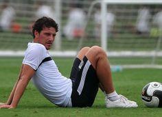 Com lesão confirmada, saiba quanto tempo Elano será desfalque no Santos  http://santosjogafutebolarte.comunidades.net/seu-placar-de-santos-x-mogi-mirim