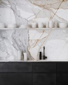 Home Interior Design .Home Interior Design Minimal Kitchen, New Kitchen, Kitchen Marble Top, Farmhouse Kitchen Decor, Kitchen Interior, Interior Modern, Interior Paint, Smooth Concrete, Cuisines Design