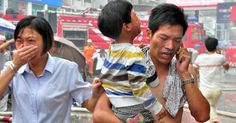 Incêndio atinge creche em prédio na China