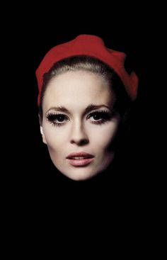 Faye Dunaway, 1968. Photo: Jerry Schatzberg.