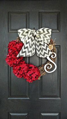 Year Round Red Hydrangea and Chevron Burlap Wreath, With Curly White Monogram Initial, Fall Burlap Wreath, Wreath With Monogram