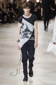 Ann Demeulemeester Spring-Summer 2017 - Paris Fashion Week #PFW