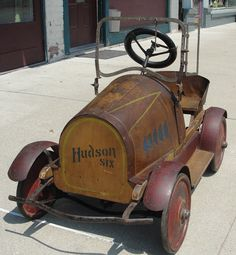 Antique Pedal Car- Hudson Six Antique Toys, Vintage Toys, Kids Ride On, Metal Toys, Pedal Cars, Toy Trucks, Go Kart, Old Toys, Scooters
