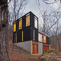 This week's roundup of houses from each of the 50 American states focuses on…