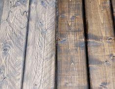 カタチは気に入っているけれど、色味がイメージと違う…という木製家具ってありますよね。そんな時参考になるのが、3児のママ・アシュリーさんの塗装術。木製家具を何年も風雨にさらし...