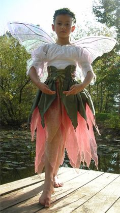 love the corset look on this fairy costume.