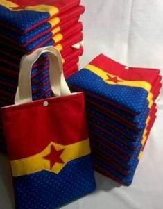 Birthday Party Themes For Women Events 15 Ideas Birthday Crafts Superhero Birthday Party, Birthday Crafts, Birthday Party Themes, Birthday Recipes, Wonder Woman Birthday, Wonder Woman Party, Birthday Presents For Grandma, Presents For Best Friends, Diy Gifts For Girlfriend
