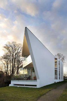 A contemporary house in Denmark  On the coast of Espergærdes, close to Copenhagen