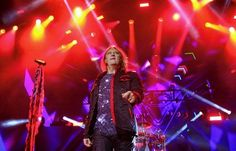 The band played Lakeview Amphitheater Monday with Tesla and REO Speedwagon.