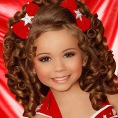 (Cambree, Cassadee, Mackenzie) - toddlers and tiaras Photo - Fanpop fanclubs Glitz Pageant Hair, Beauty Pageant Dresses, Pageant Makeup, Pagent Dresses For Kids, Little Girl Pageant Dresses, Girls Pageant Dresses, Toddlers And Tiaras, Pagent Hair, Adorable Petite Fille