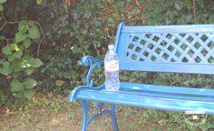 Découvrez 5 trouvailles pour penser à boire de l'eau plus facilement au cours de votre journée ! De la plus simple... à la plus originale !