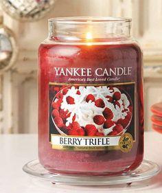 New for 2015 Christmas Yankee Candle BERRY TRIFLE Housewarmer Jar
