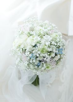 クラッチブーケ 如水会館様へ カスミソウと淡色草花 Romantic Wedding Centerpieces, Wedding Flower Arrangements, Flower Bouquet Wedding, Boquet, Beautiful Bouquet Of Flowers, Bride Flowers, Romantic Flowers, Floral Bouquets, Wedding Images