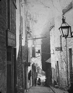 Tindall's Wynd 1880s  This went from the High Street right down to dock Street. Today would cut through the Caird  Hall