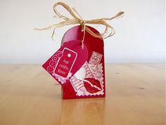 Mini sacolinha feita de papel