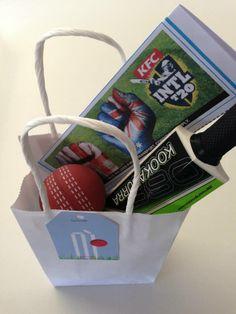 Cricket party favour bag via mintandfizz.com #cricketparty #cricketbat #cricketball #T20cricket 7th Birthday Party Ideas, 11th Birthday, Birthday Parties, Themed Parties, Birthday Cake, Sports Party, Party Favor Bags, Cricket, Archie
