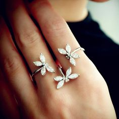 Fancy - Dragonfly Two Finger Diamond Ring
