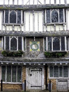 One of the lovely Tudor houses in Exeter. Why not stay at Ash Barton in Devon and wallow in history for a weekend. Stonehenge, Estilo Tudor, Gates, Tudor Style, Tudor Era, English Village, Devon And Cornwall, Tudor House, Tudor History