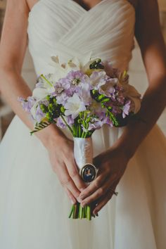 beautiful bridal bouquet for black-tie wedding in Florida with photos by JSP Studios | via junebugweddings.com