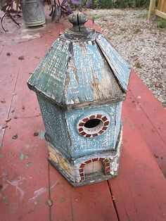 VINTAGE WOODEN HAND MADE LIGHTHOUSE BIRDHOUSE OLD WOOD BIRD HOUSE MOSAIC SHELLS on eBay!