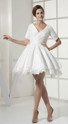 Simple Sweetheart Ruffled Taffeta Lace Short Bridal Gown with Sleeves for Mature Brides Over 40,50,60