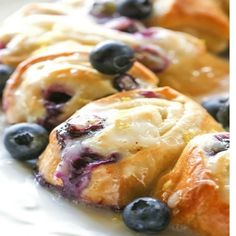 This Blueberry Lemon Crescent Ring is perfect for breakfast or brunch. The center has a lemon, blueberry, and cream cheese filling and the top is drizzled