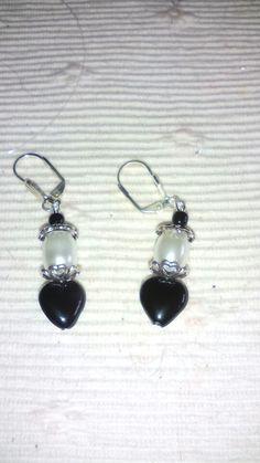 Naušnice srdíčka Pearl Earrings, Pearls, Jewelry, Pearl Studs, Jewlery, Bijoux, Bead Earrings, Jewerly, Beaded Earrings