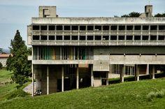 Le Corbusier / La Tourette / Lione / 1953 60 / Tra i più celebri esempi di neo brutalismo