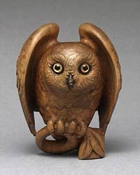 Year of the Owl. Netsuke by Sergey Osipov. Gravity Art, Owl Quilts, Owl Bags, Whimsical Owl, Wood Owls, Felt Owls, Owl Pet, Wood Carving Patterns, Art Deco Posters