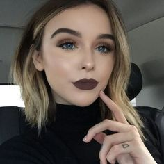 34 fascinating fall makeup ideas for this autumn dark lips makeup, grunge eye makeup, Fall Makeup, Love Makeup, Makeup Inspo, Makeup Inspiration, Makeup Looks, Makeup Ideas, Makeup Trends, Makeup Course, Gorgeous Makeup