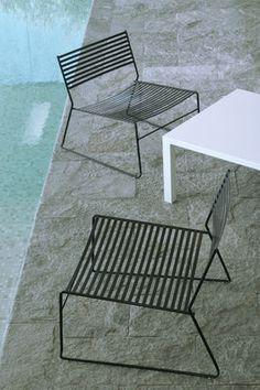 AERO - Chauffeuse contemporaine / en acier / luge / empilable by EMU Furniture Sets Design, Garden Furniture Sets, Cool Furniture, Modern Furniture, Outdoor Furniture, Modern Outdoor Chairs, Outdoor Lounge, Outdoor Living, Emu